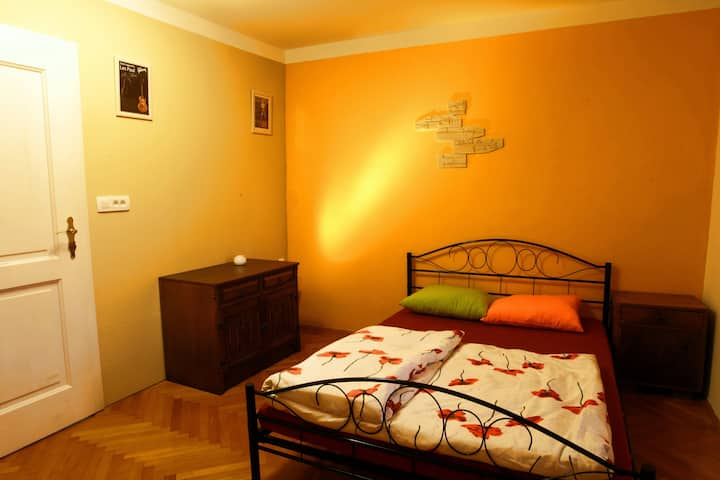 Residence Muzica - Double Room in Karst 1