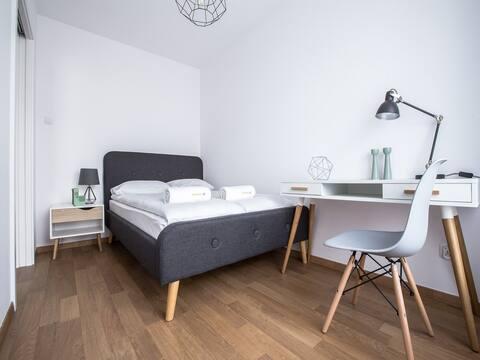 Emihouse Rzeszów Apartament JuniorSuite z balkonem