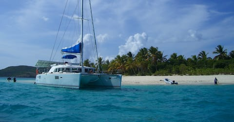 Catamaran All Incl BVI 4 cabs up to 8 guests