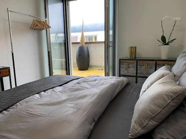 The bedroom with the terrase