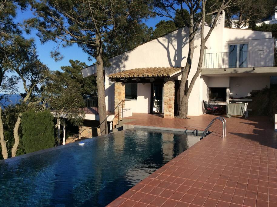 la maison la piscine