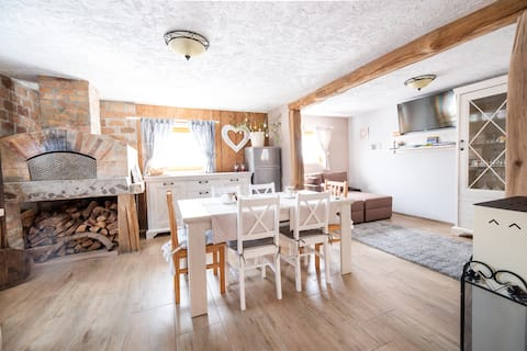 Lovely rustic guest house Pr`Čut