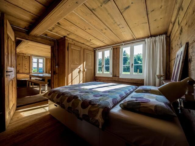 Schlafzimmer Nr.1 im EG: 1 mit DoppelBett 160/200 Bedroom no.1