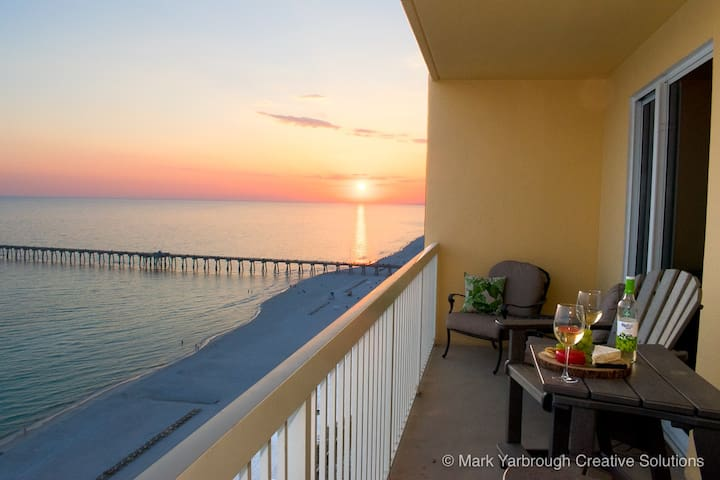 Calypso Resort 1BR/1.5B - Master with Ocean View