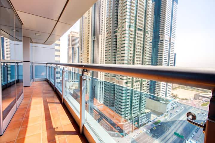 Impressive 1Bedroom at Princess Tower Marina View