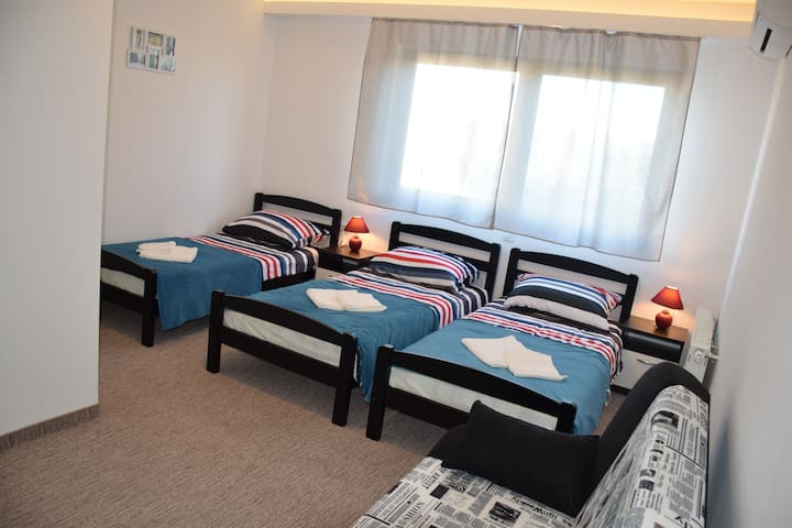 Comfort Family Room - 13km to the center of Zagreb - Velika Gorica - Appartement