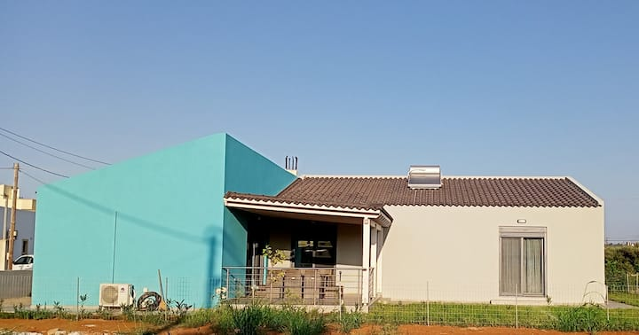 Maison Bleue in Skoutelonas  with private garden