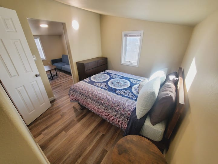 Beautiful Cozy Retreat 1 Block From Main, Sturgis