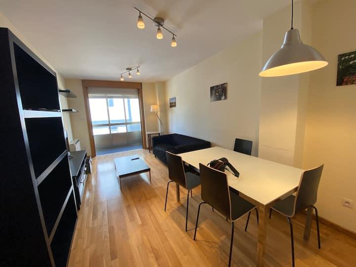 Amplio y luminoso apartamento para 4