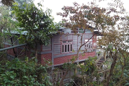 NAGRI HOME STAY - Nagri Farm Tea Garden