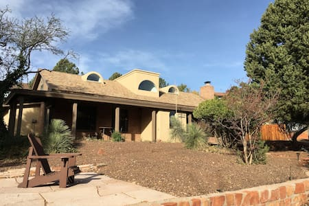 Family home with red rock views in Uptown