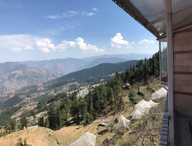 The Far Pavilions | Penthouse | Amazing View