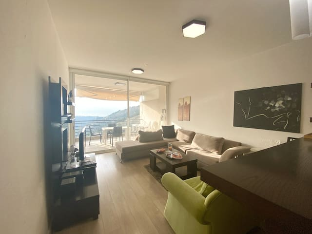 Cozy Apartment- Gym + Pool, near NDU University
