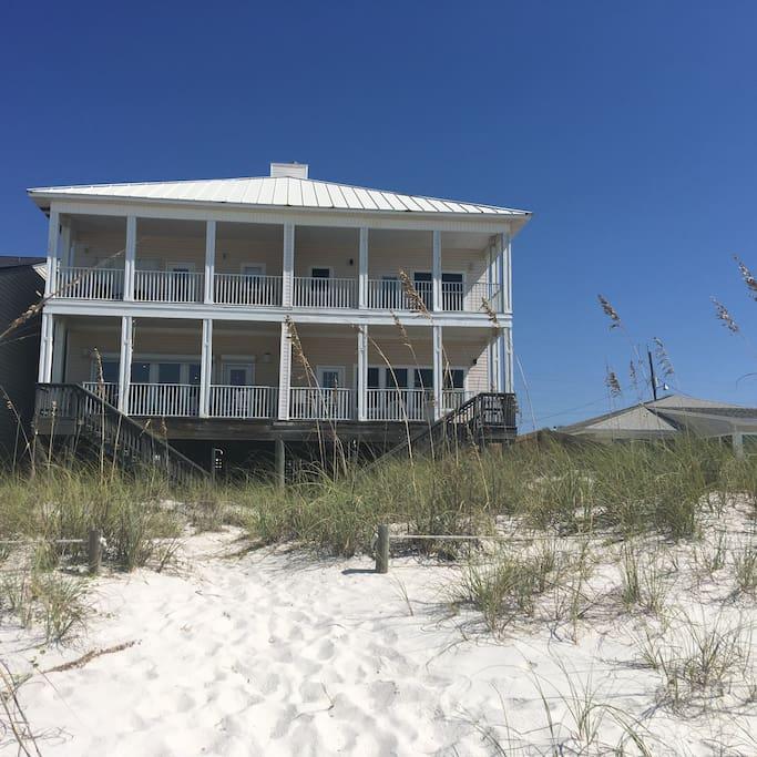 BeachFront House Near Pier Park-sleeps 12
