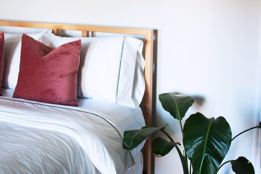 Top of the line linens and cashmere pillow-top mattress.