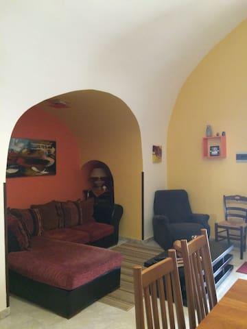appartamento tipico nel cuore del centro storico - Carovigno - Casa