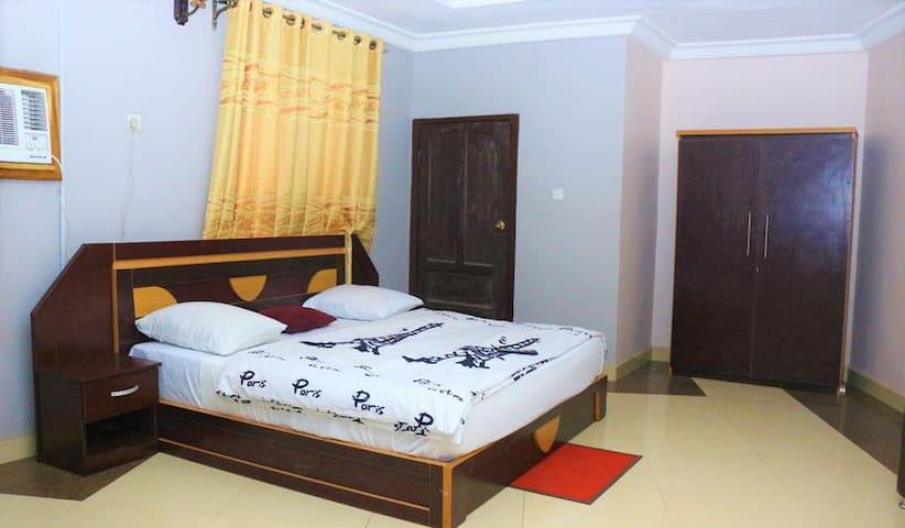 Empire International Hotel - Royal Suite