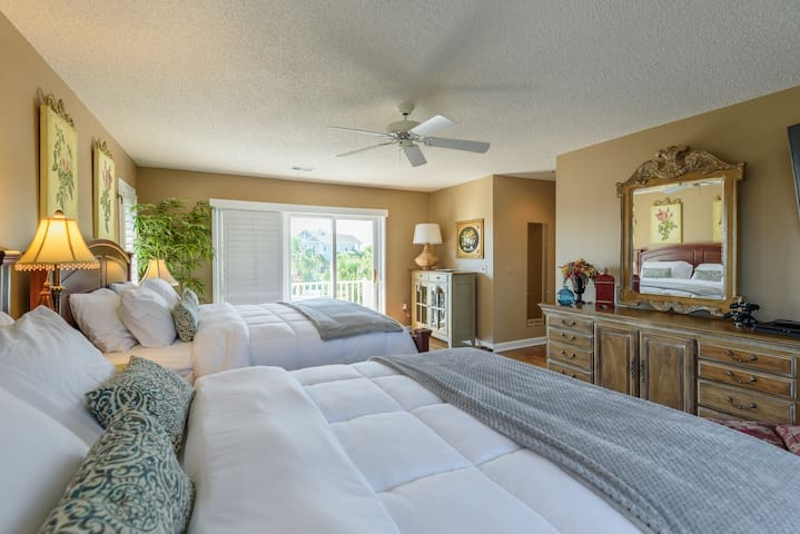 large bedroom w/ king and queen and private bath and private balcony