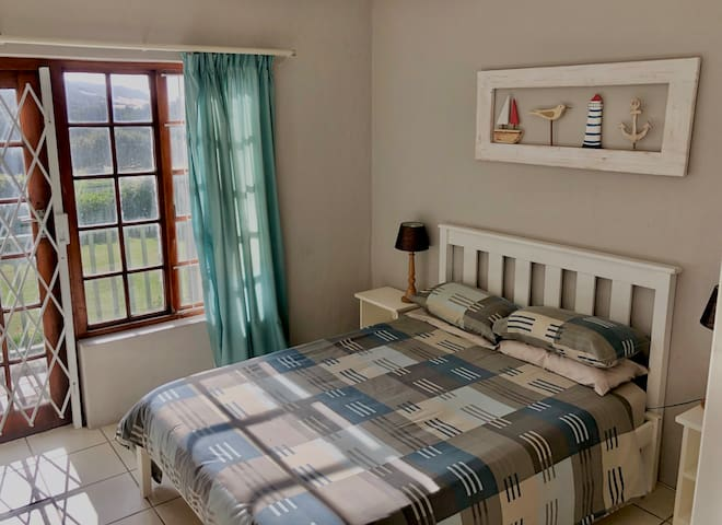 Self Catering Beach Cottage Unit 42