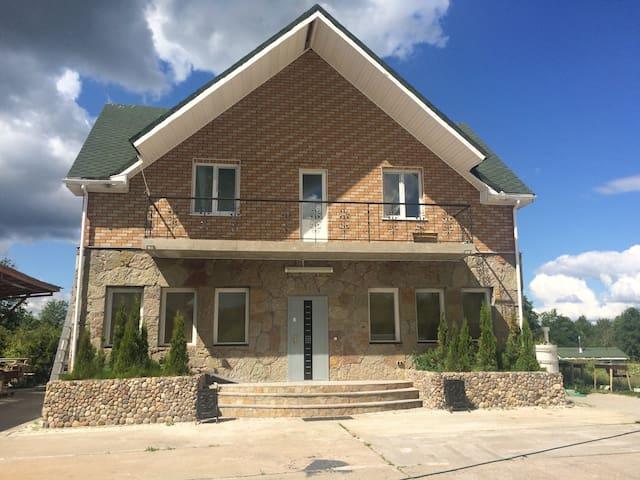 Загородный коттедж - Kirovskiy rayon - อพาร์ทเมนท์