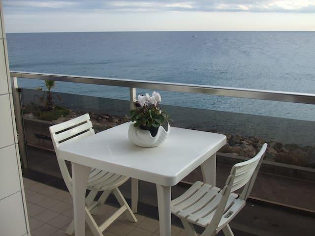 Una terrazza sul mare, splendido trilocale
