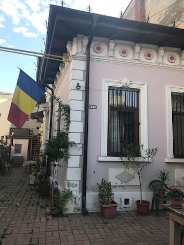 The Bohemian Place of Bucharest - The Attic