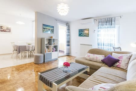 Cozy apartment close to the sea #No cleaning fee#