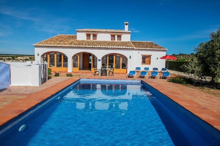 Finca Pepa - beautiful little house in pretty grounds with lovely views in Benissa