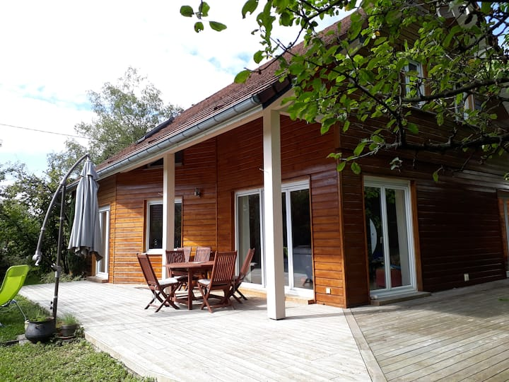 Chb maison spacieuse lumineuse lit qsiz+SDB privée