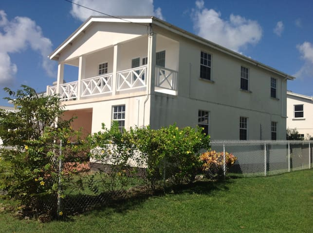 A Barbados gem in st peters parish, new to air bnb - St. Peter's - Byt