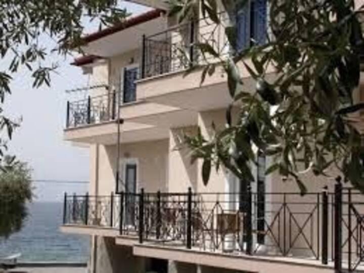 Lihas studios Side sea view apartment 5