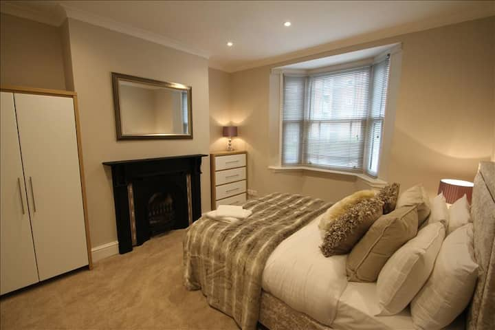 Mill House - Standard Double Room With Shared Bathroom