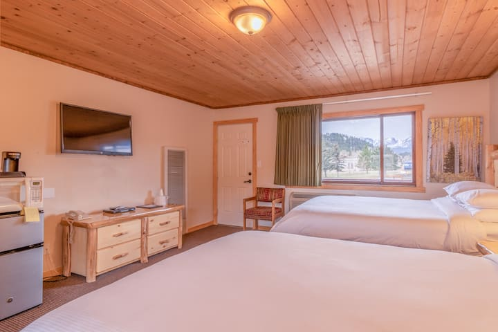 TWO Bedroom BALCONY SUITE w/ mountain VIEW