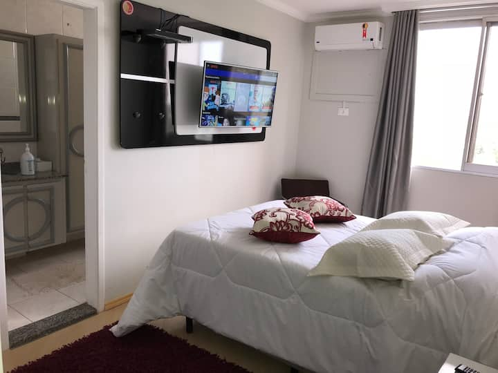 Fino y Exclusivo (3) Dormitorios AA+TV SMART