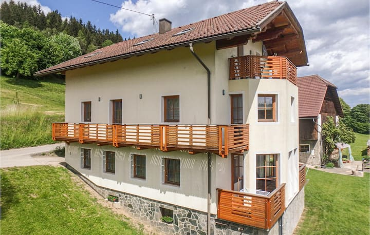 Awesome apartment in Techelsberg with WiFi and 2 Bedrooms
