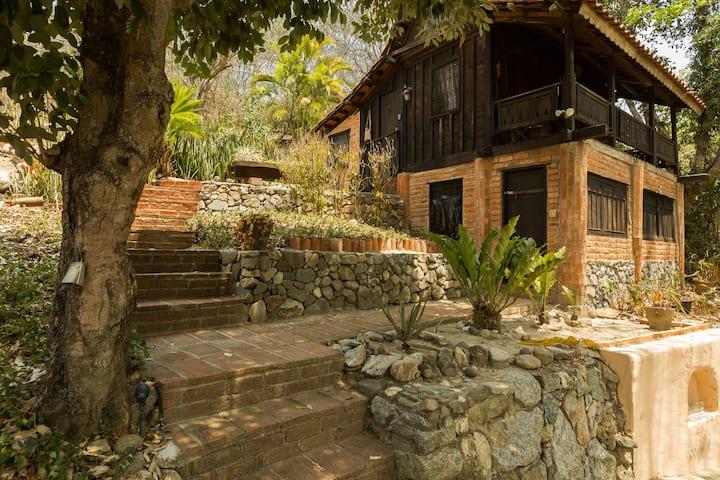 Villa Bali #5  Guest House  Jungle/Ocean Retreat