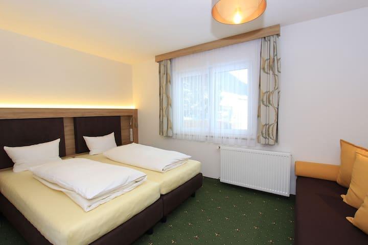 Gemütliches Apartment in Tirol in der Nähe des Skigebietes