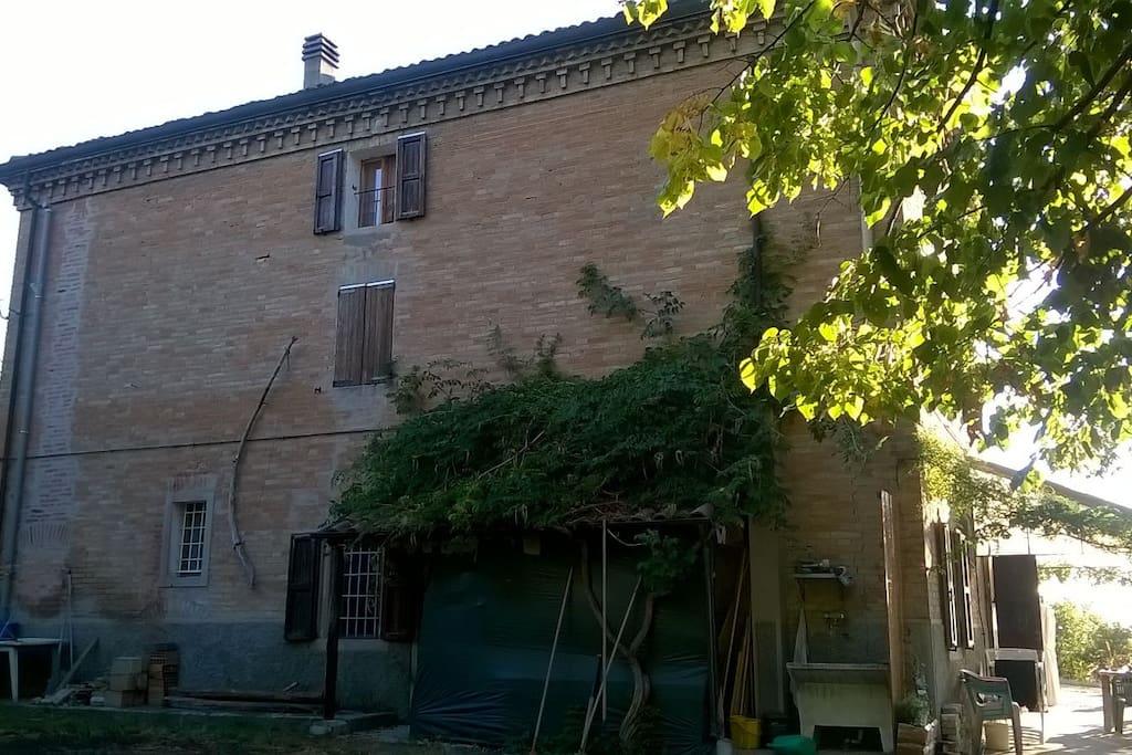 casa vista laterale