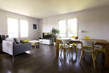 Chambre chez l'habitant - Montigny le Bretonneux