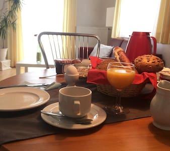 Urlaub  zwischen Kloster Andechs und Ammersee - Andechs - Selveierleilighet