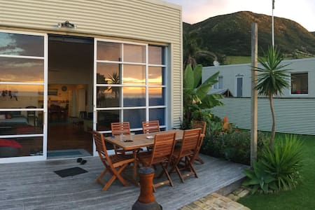 'Beach Break' Ahipara beach house - Ahipara