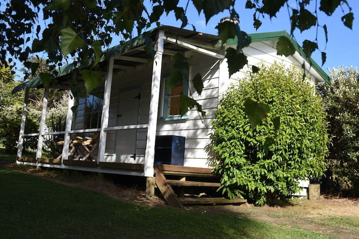 Quail Cottage - Quaint, Cosy and Private - Coromandel - Cabin