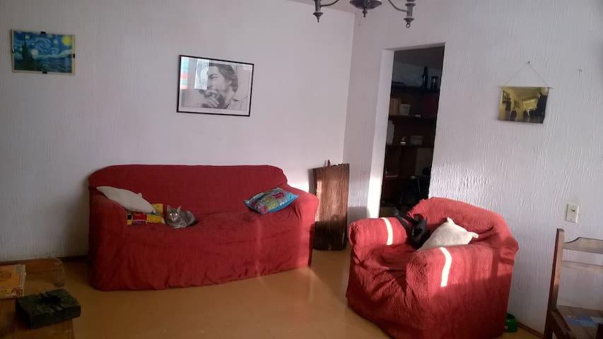 Habitación a media hora del centro - Montevideo - Apartment