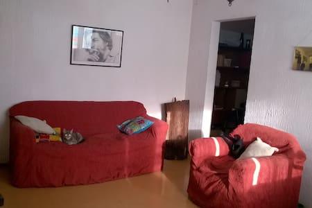 Habitación a media hora del centro - Montevideo - Wohnung