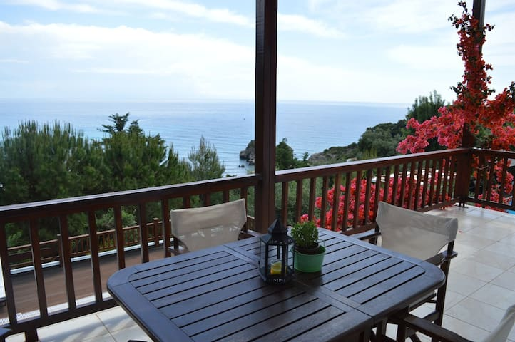 Korfu Villa 375 - Top Floor Apartment