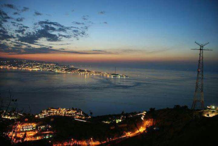 Suite panoramica in campagna, Stretto di Messina
