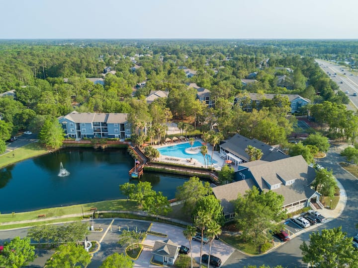Amenity Filled Apartment in South Jacksonville #2