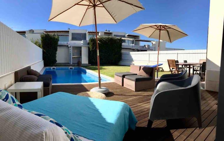 Villa Oliveira, house beach!
