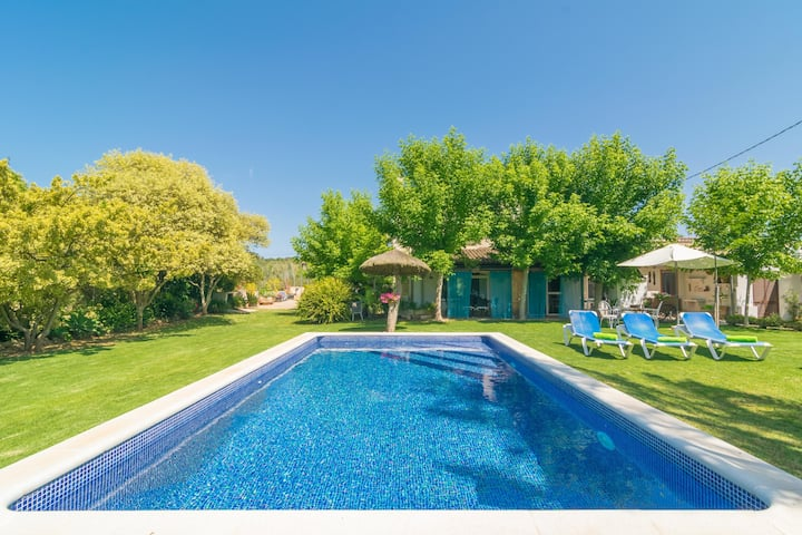 CAN TONI CORONA - Villa with private pool in Muro. Free WiFi