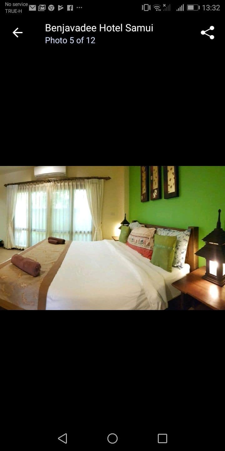 Relaxing room near the beach and fitness centre!!